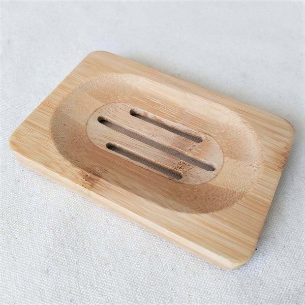 Zeepplankje gemaakt van bamboe